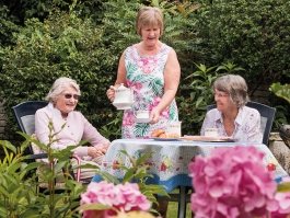 Residents tea time